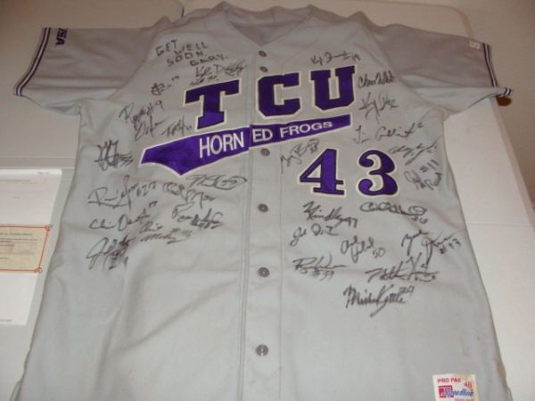 #43 TCU Horned Frogs NCAA Baseball 2003 Grey Game Worn Jersey Team AUTOGRAPHED
