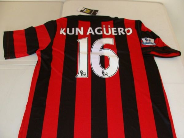 best sneakers b6918 0adeb #16 SERGIO KUN AGUERO Manchester City FC EPL Striker Red/Black Mint  Throwback Uniform Kit