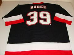 #39 DOMINIK HASEK Buffalo Sabres NHL Goalie Black Throwback Jersey