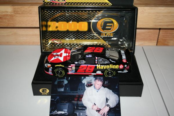 2000 Elite 1/24 #28 Texaco Havoline Ford Taurus Ricky Rudd CWC AUTOGRAPHED