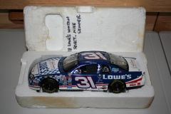 """1998 Elite 1/24 #31 Lowe's """"Special Olympics"""" Chevy MC Mike Skinner CWC"""