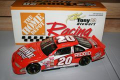 1999 Action 1/18 #20 The Home Depot Pontiac GP Tony Stewart CWC