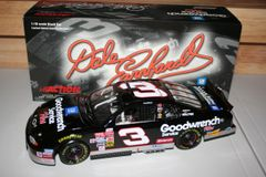 2002 Action 1/18 #3 GM Goodwrench Service Plus 2001 Chevy MC Dale Earnhardt CWC