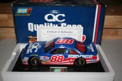 1997 Revell 1/18 #88 Quality Care Ford Credit Ford Thunderbird Dale Jarrett CWC