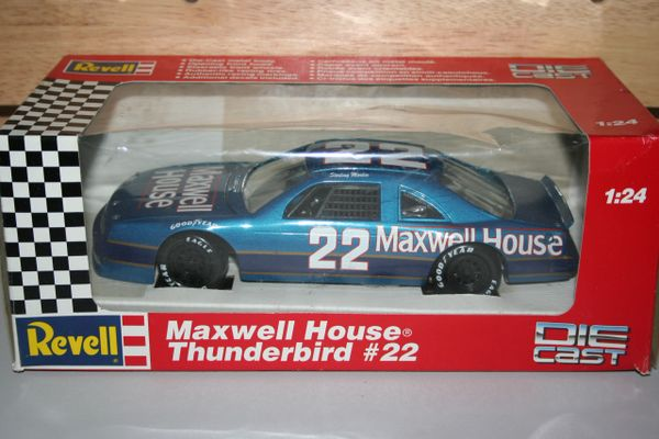 1992 Revell 1/24 #22 Maxwell House Coffee Ford Tbird Sterling Marlin CWC