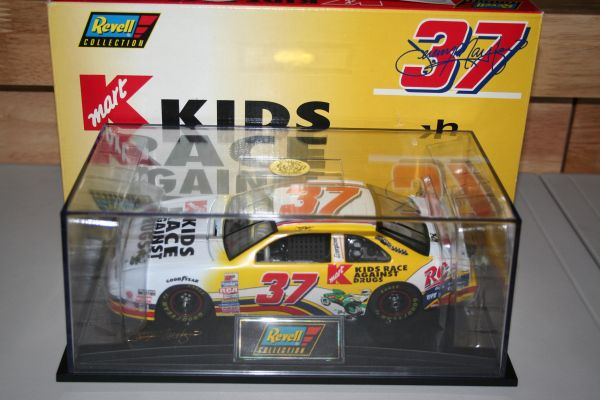 1997 Revell 1/24 #37 Kmart Kids Race Against Drugs Ford Tbird Jeremy Mayfield CWC