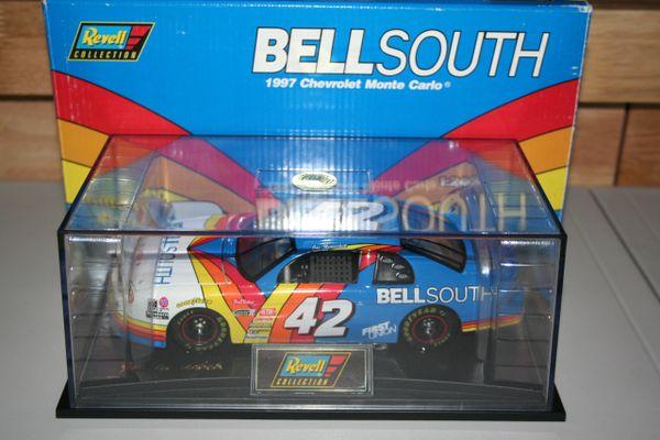 1997 Revell 1/24 #42 BellSouth Chevy MC Joe Nemechek CWC