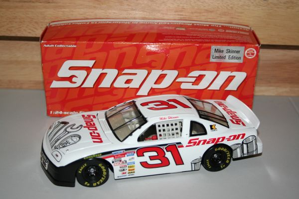 1996 Action 1/24 #31 Snap On Japan Race Chevy MC Mike Skinner CWC