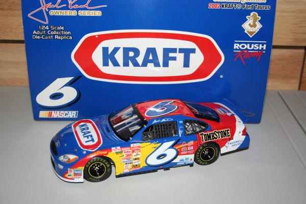 2002 TCO 1/24 #6 Kraft Foods Ford Taurus Mark Martin CWC