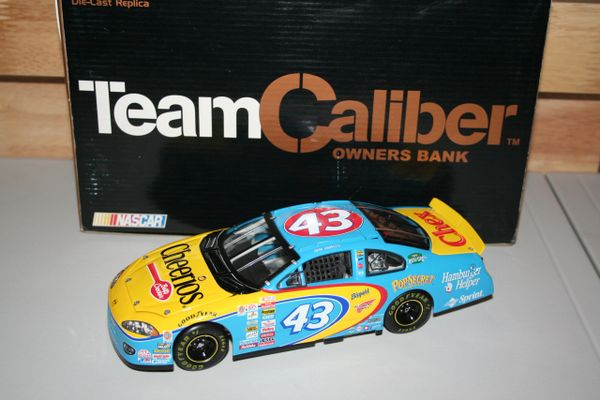 2001 TCO 1/24 #43 Cheerios Betty Crocker Dodge Intrepid R/T John Andretti CWB