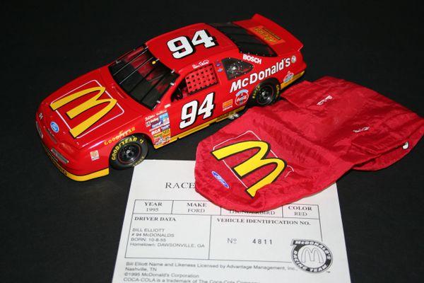 1995 RR 1/24 #94 McDonald's Ford Tbird Bill Elliott CWC LOOSE