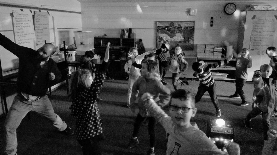 Dance Your Heart Out® with Nicole McCall hosts arts integration local classrooms.