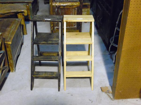 Wood Display Step Ladder
