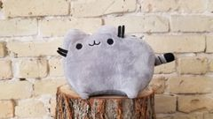 Grey Pusheen plushie