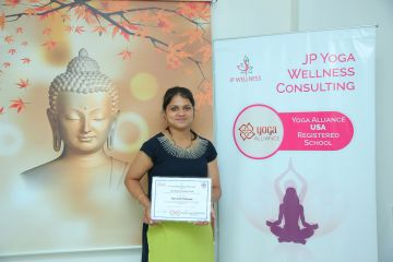 shwetha yoga trainer certified at jp yoga wellness consulting