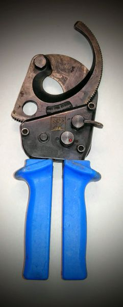 Ideal Ratchet Cable Cutters- Used