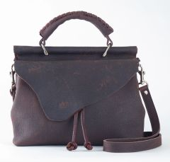 Medium Oil Tanned Crossbody