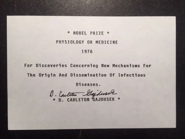 D. CARLETON GAJDUSEK SIGNATURE WINNER NOBEL PRIZE 1976 PHYSIOLOGY OR MEDICINE