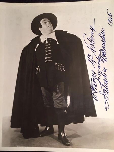 SALVATORE BACCALONI SIGNED PHOTO IN COSTUME OF ITALIAN BASS WITH METROPOLITAN OPERA