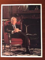 F. LEE BAILEY SIGNED PHOTO, 8 X 10, BY LAWYER O.J. SIMPSON TRIAL