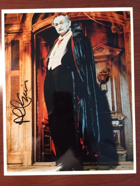 AL LEWIS GRANDPA MUNSTER SIGNED 8 X 10 COLOR PHOTO, THE MUNSTERS