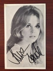 JANE FONDA SIGNED PHOTO OF YOUNG ACTRESS IN HER 20'S, 1960'S