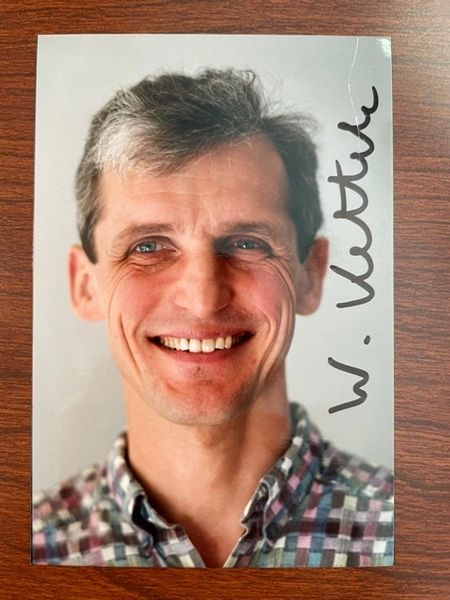 WOLFGANG KETTERLE SIGNED PHOTO, NOBEL PRIZE PHYSICS, MIT PROFESSOR