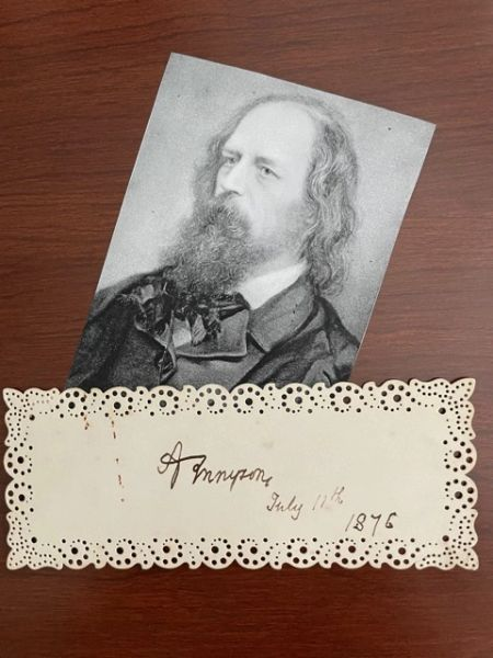 ALFRED LORD TENNYSON SIGNED VICTORIAN CARD, BRITISH POET LAUREATE