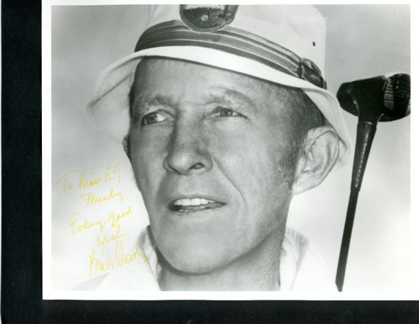 BING CROSBY SIGNED 10 X 8 PHOTO CLOSE-UP OF HIM IN GOLF HAT AND HOLDING GOLF CLUB