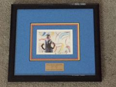 WILLEM DE KOONING SIGNED COLOR PHOTO OF HIM PAINTING