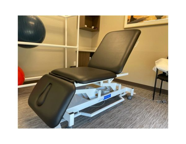 BAL1070 Emerge 3-section Electric Hi Lo Table by Stonehaven Medical