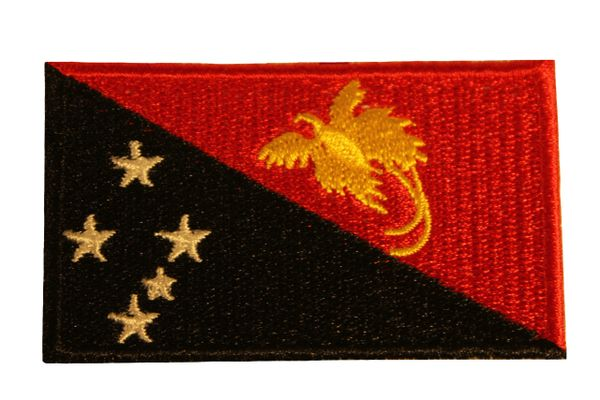 PAPUA NEW GUINEA Country Flag Iron - On PATCH CREST BADGE