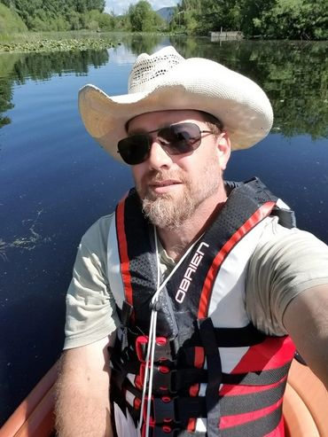 Guide Troy Miller working for Sky Lakes Wilderness Adventures.