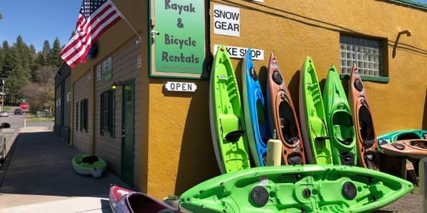 Kayak, bicycle, paddle board, rentals near Crater Lake National Park. Located in Chiloquin, Oregon.