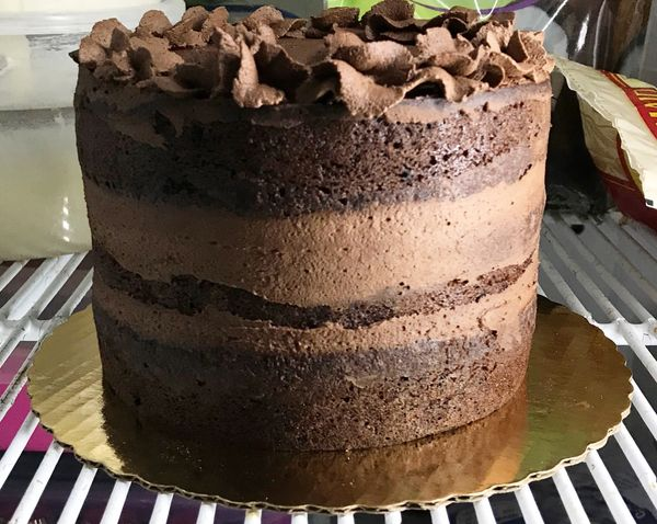 *KETO CHOCOLATE LAYER CAKE (BASIC CAKE W/BUTTER CREAM FROSTING)