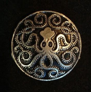 Celtic Squid 1.5inch Pewter Broach