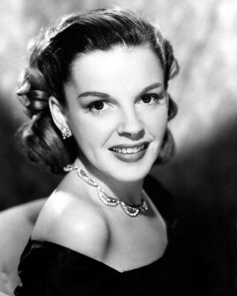 Judy Garland - Hollywood Legends Series (January 2020 Selection) U.S. Orders Only!