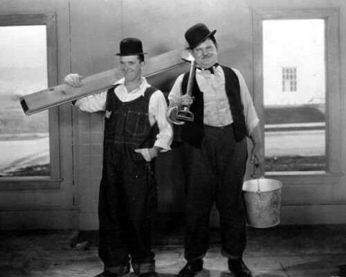 THE FINISHING TOUCH STARRING LAUREL & HARDY (SUPER 8MM SILENT)