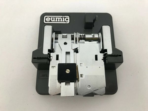 Eumig Super 8mm Bevel Edge Cement Splicer with Case