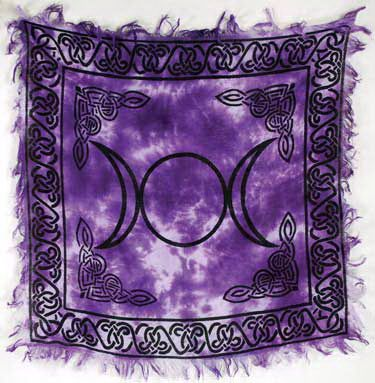 Spelled Altar Cloth - Protection, Recharging, Helps Bonding - Triple Moon Design