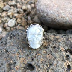 Unisex Howlite Skull Ring