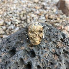 Unisex Sandstone Jasper Skull Stamped Concho Ring