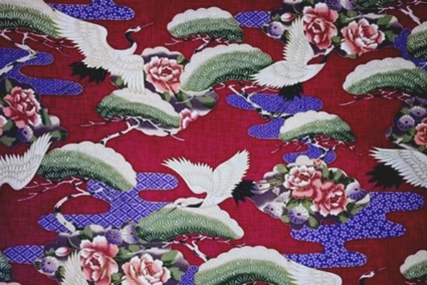 M'doridori Fabric Gift Wrap in Asian Burgundy Crane