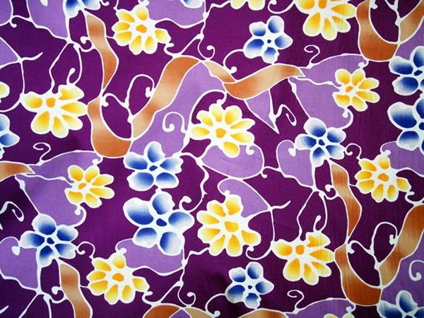 M'doridori Fabric Gift Wrap in Shades of Purple