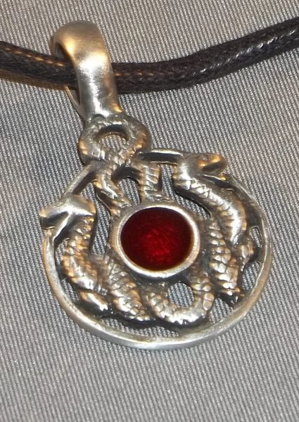 Snakes with red enamel