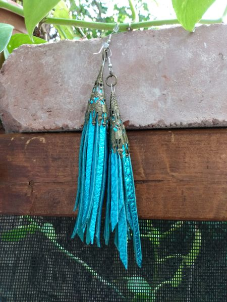 Short Turquoise Metallic Fringe Leather Earrings