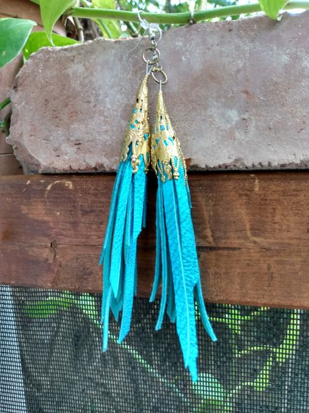 Short Turquoise Metallic Fringe Leather Earrings