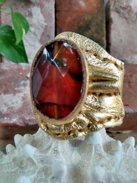 Gold Metallic with Umber color Cornelian Stone