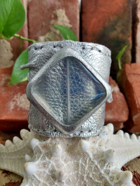 Silver Metallic Leather with an Opalite Center