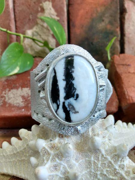 Silver Metallic Leather with a Zebra Jasper Stone